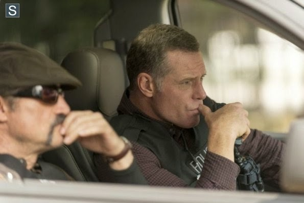 Chicago PD - Chicken, Dynamite, Chainsaw - Review