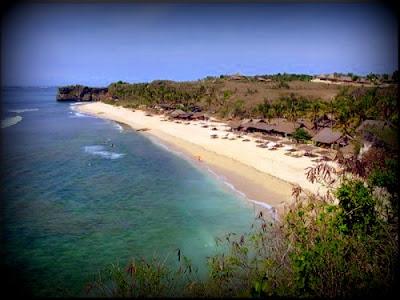 Pasir Putih Pantai Balangan Bali