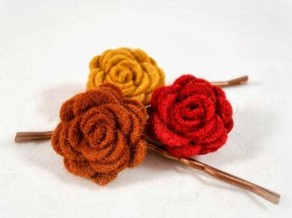 Rose Felt Hairclips - 8 Great Fall Felt Crafts! www.twenty8divine.com