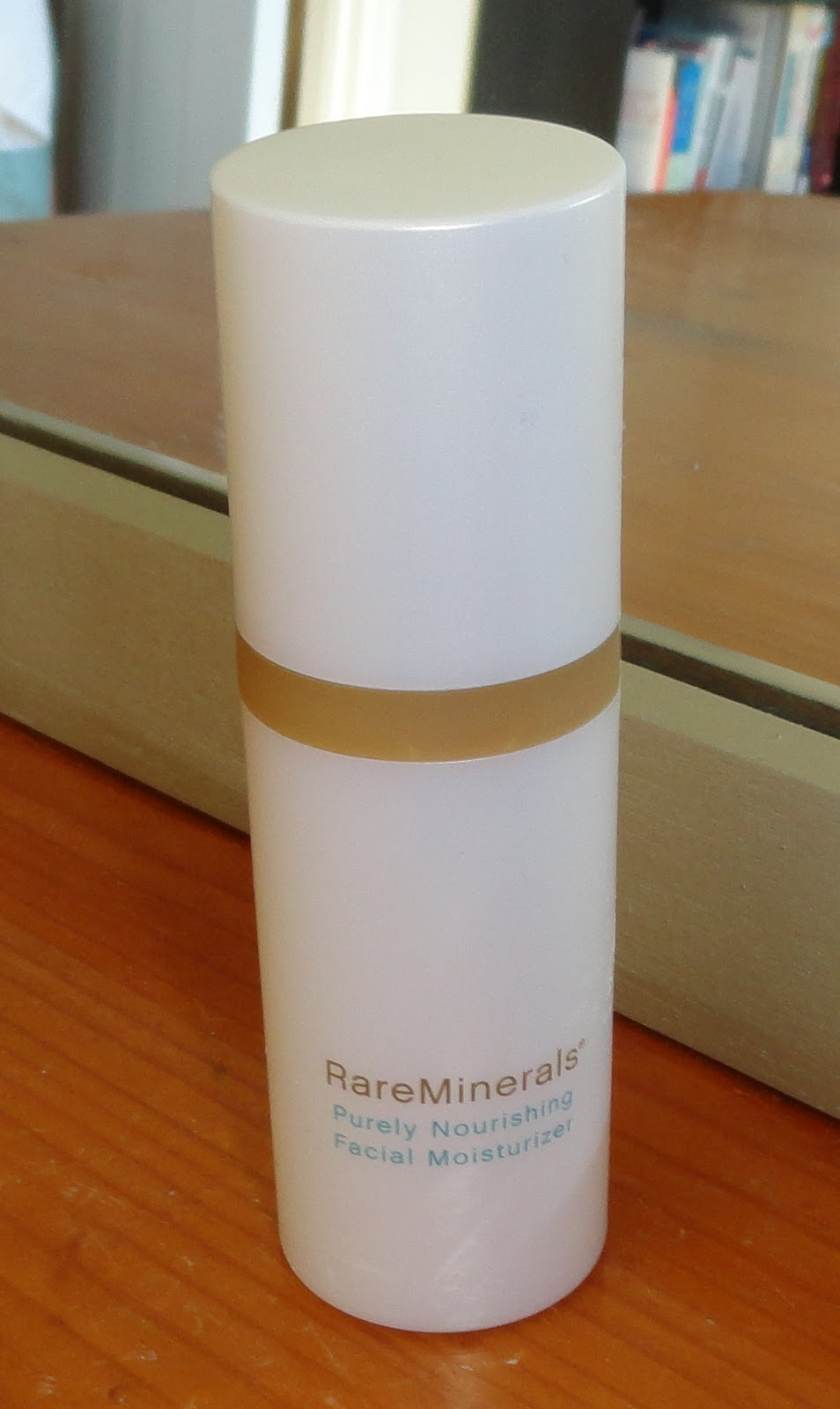 Rare Minerals Purely Nourishing Facial Moisturizer 21