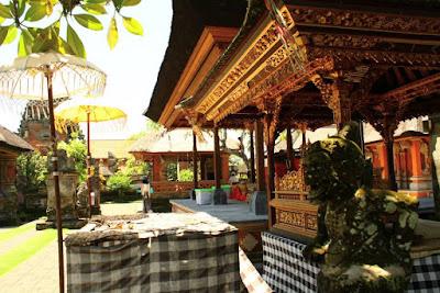 Offering table at Pura Dasar Batuan Bali