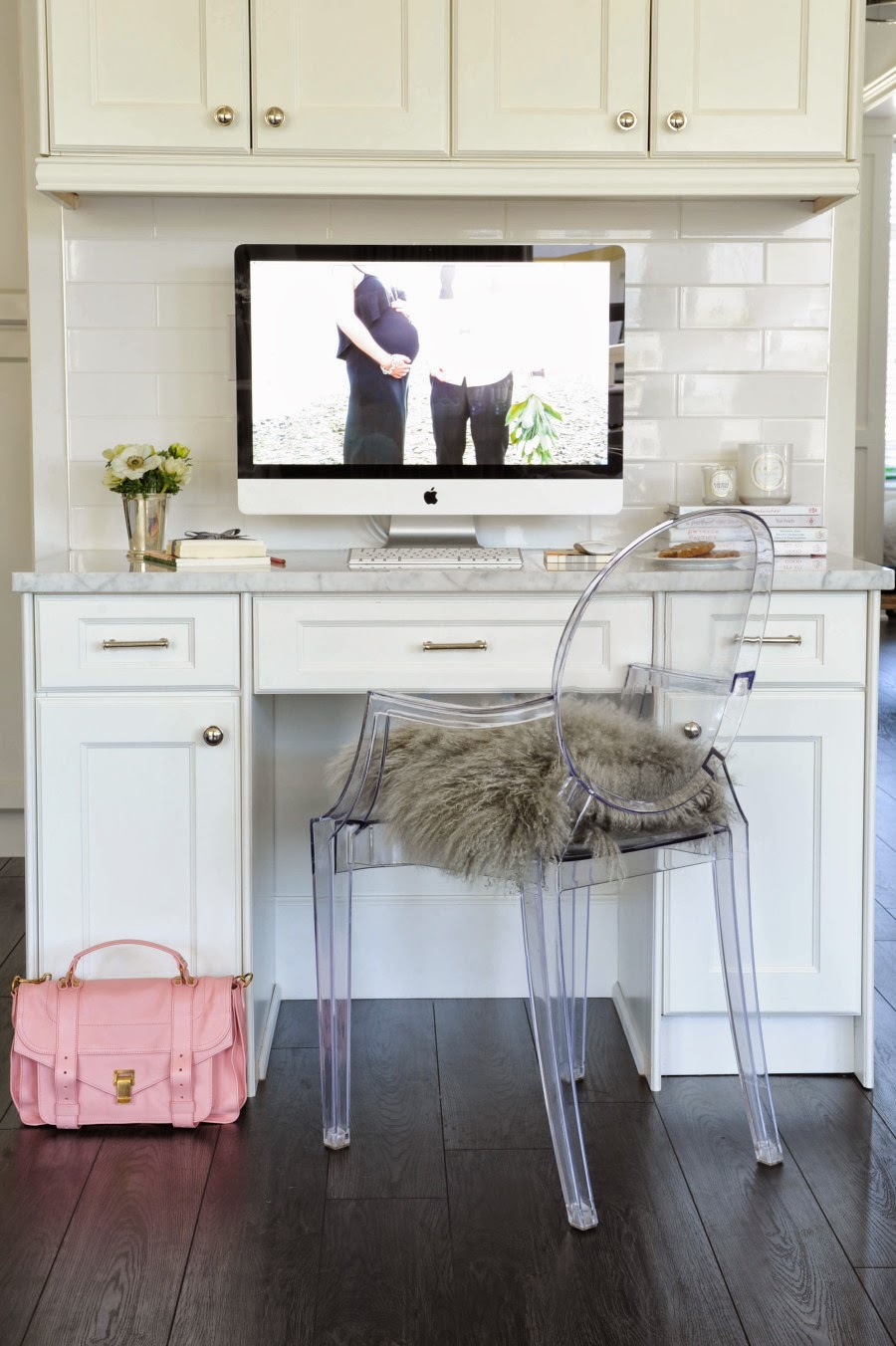 wystrój wnętrz, wnętrza, urządzanie mieszkania, dom, home decor, dekoracje, aranżacje, białe wnętrza, salon