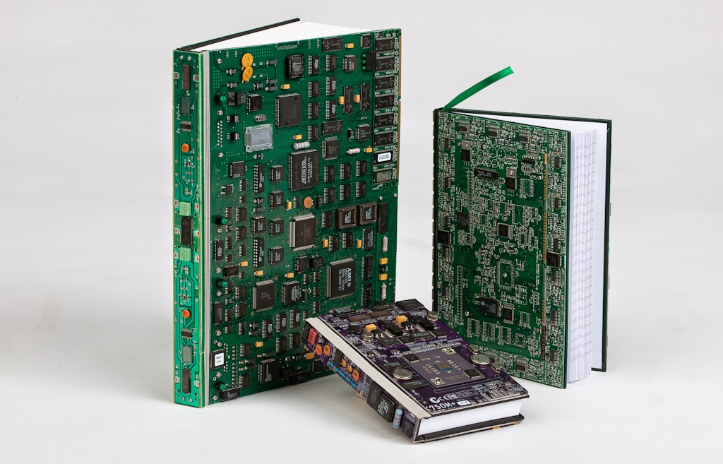 02-Books-Steven-Rodrig-Upcycle-PCB-Sculptures-from-used-Electronics-www-designstack-co