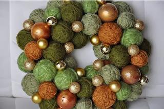 Coronas de Navidad con Lana Reutilizada, II Parte
