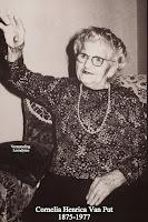 Cornelia Henrica Van Put 1875-1977, op honderdjarige leeftijd