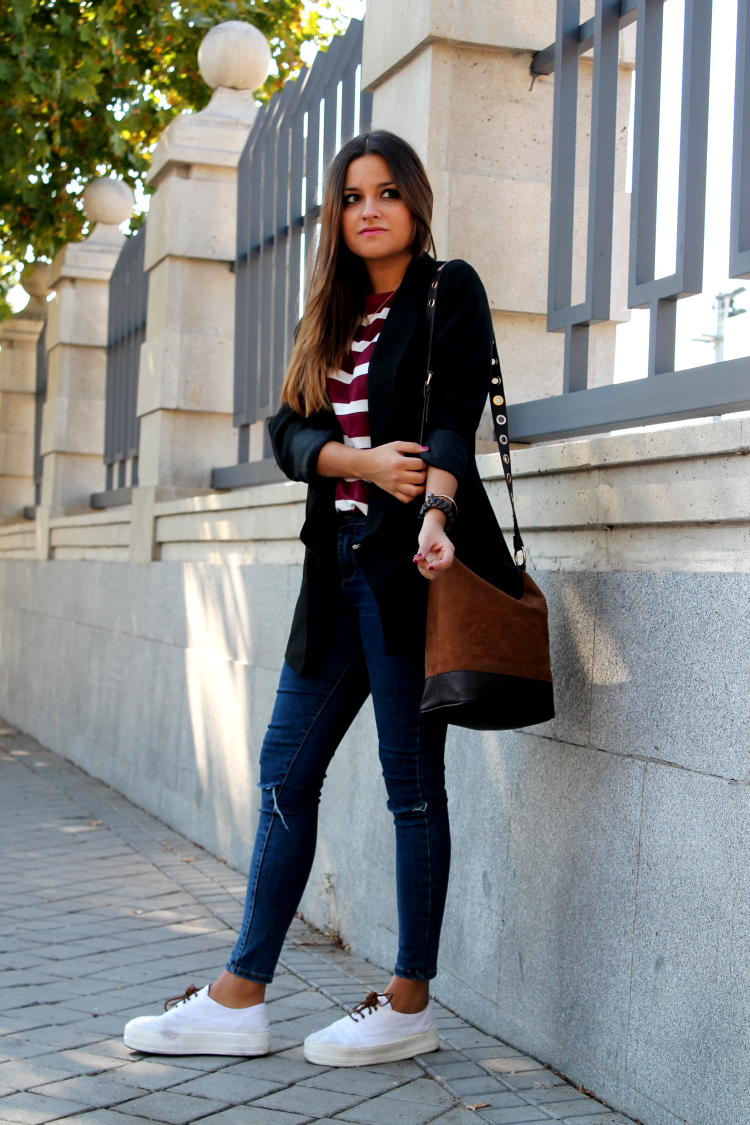 Walking around madrid blog de moda little black - Bloguera de moda ...