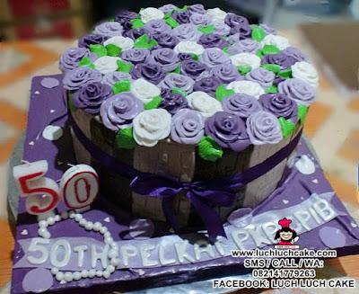 Kue Tart Pot Mawar Ungu Fondant Daerah Surabaya - Sidoarjo
