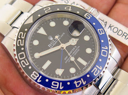 ROLEX GMT MASTER II BLUE BLACK CERAMIC aka BATMAN 116710BLNR - SERIAL RANDOM 2014 - VERY MINT COND