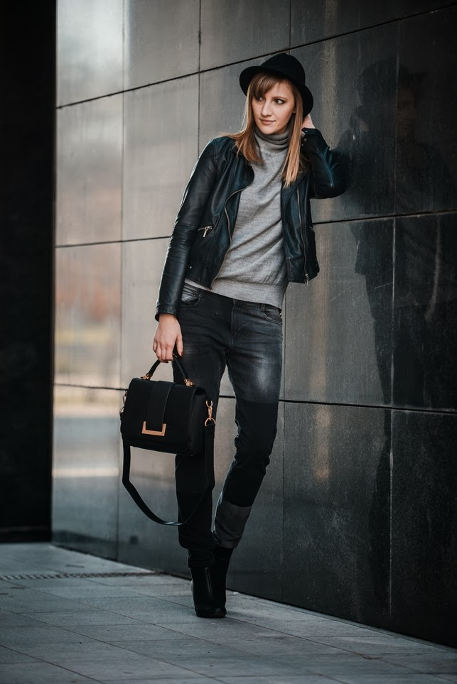 zara baggy jeans black, leather jacket, black fedora hat wool, grey turtleneck sweater, hm H&M black bag 2014 season, style blogger, fashion blogger
