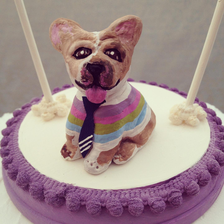 DSMeeBee: Unique Birthday Cake Topper