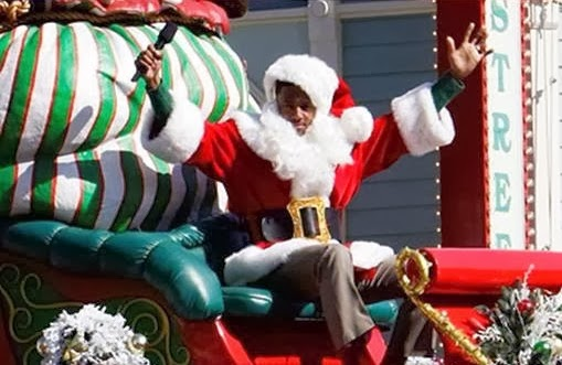 Nick Cannon Santa