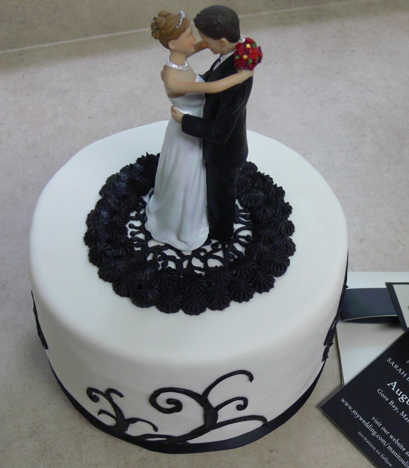 Ultimately Chocolate CAKES Black and White Themed Wedding