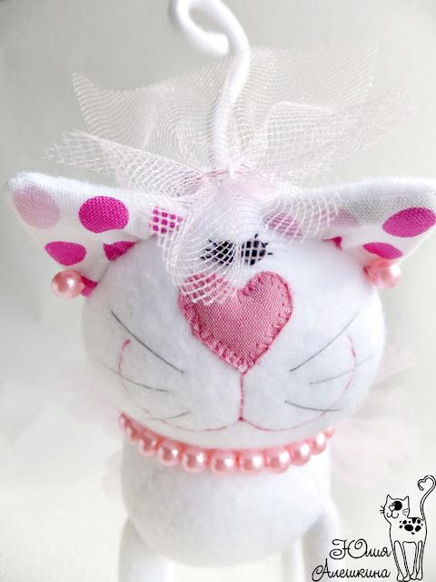 Свадебные котики. Горошковые ушки - невеста