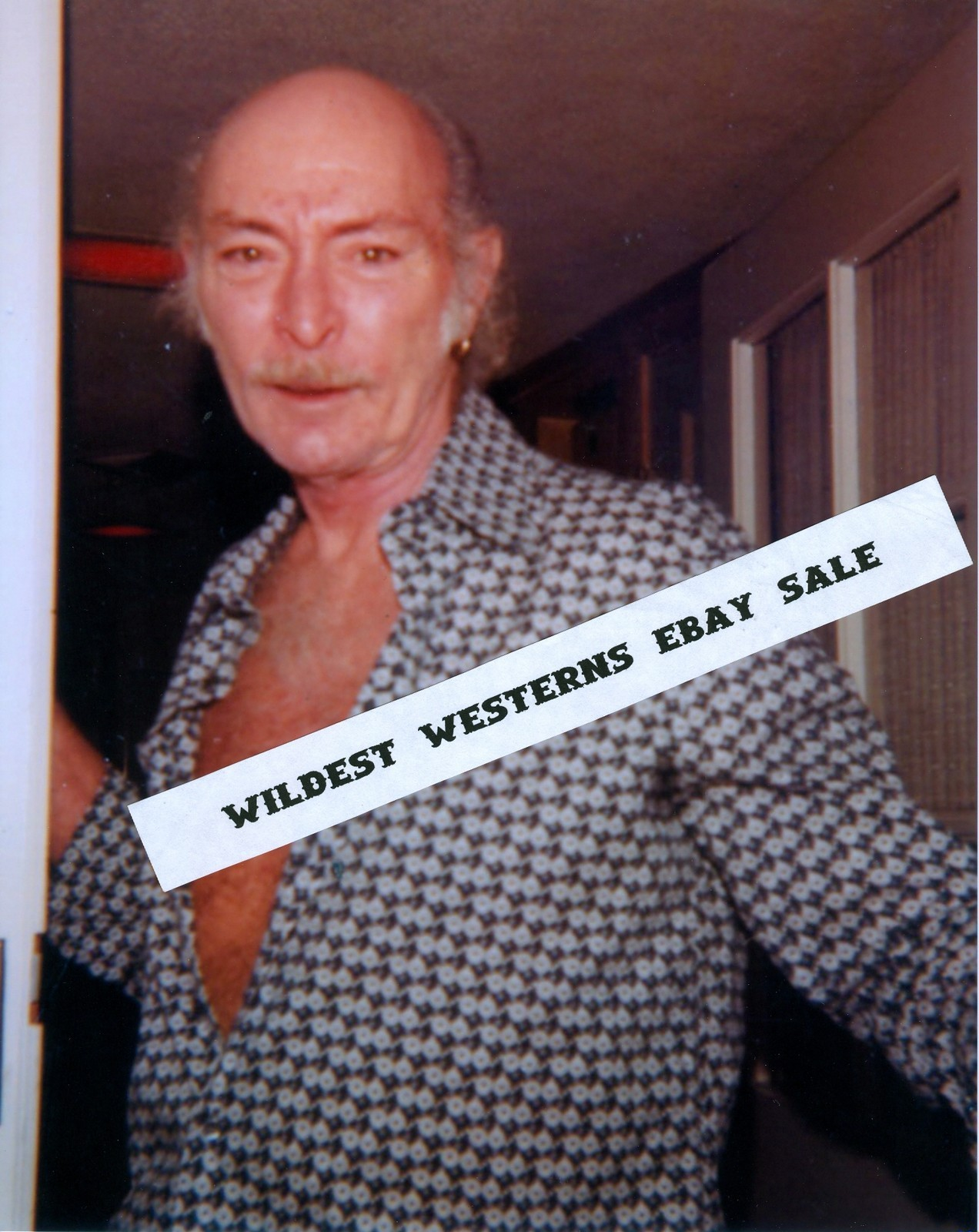 TheBad.net - The Lee Van Cleef Blog: eBay Watch: Candid at Home Photo