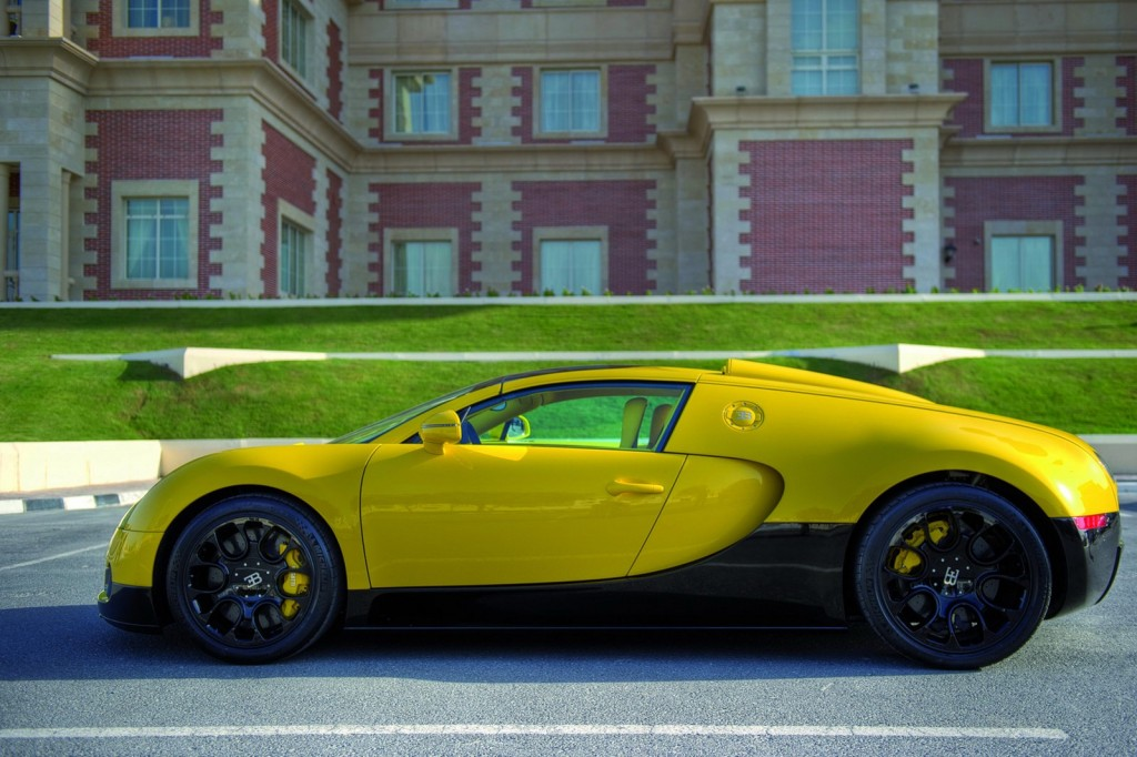 2014 bugatti veyron grand sport bumblebee pictures wallpapers interiors and exteriors. Black Bedroom Furniture Sets. Home Design Ideas