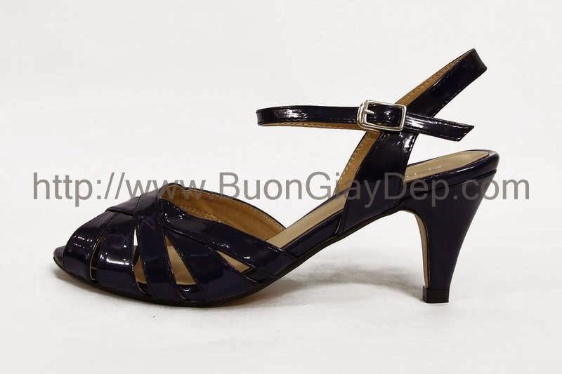 Địa điểm bán buôn giày VNXK