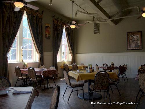 Lunch Gorgeously At Sue S Kitchen In Jonesboro Tie Dye