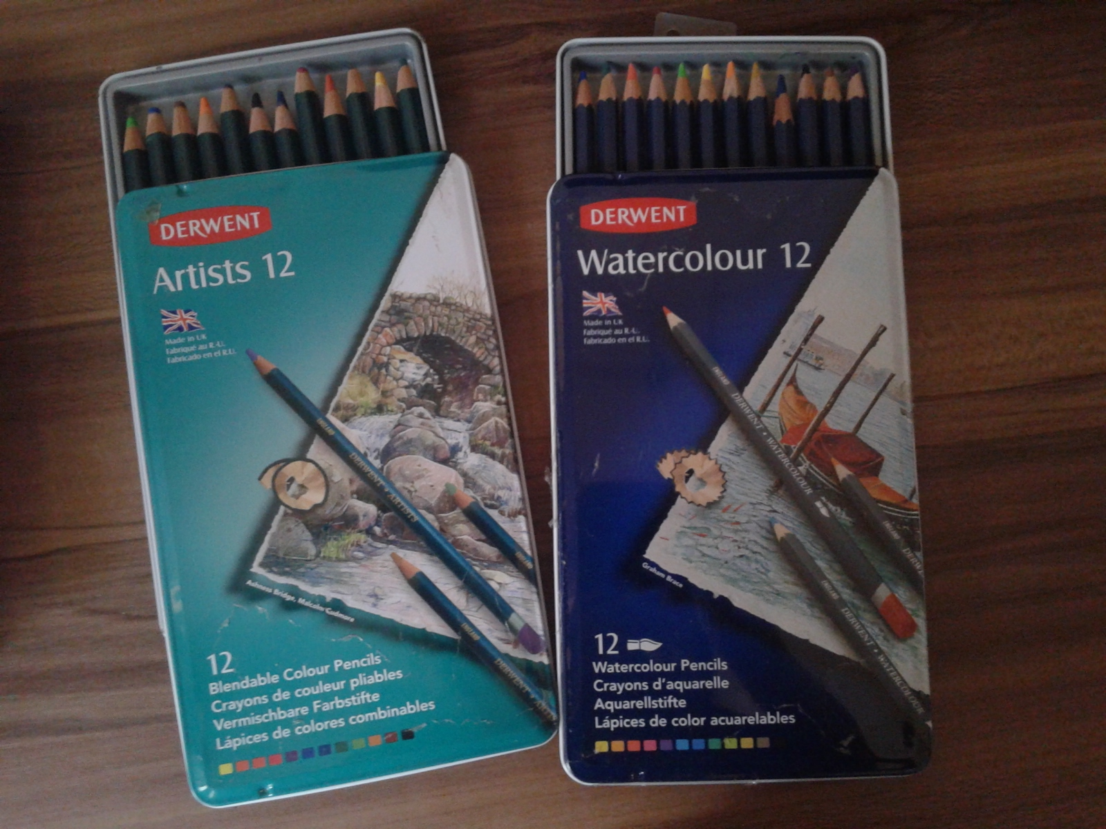 Sebelum membeli pensil warna kenali dulu ente cocoknya dengan jenis yang mana Pada umumnya ada dua jenis pensil warna yaitu Classic dan Watercolour