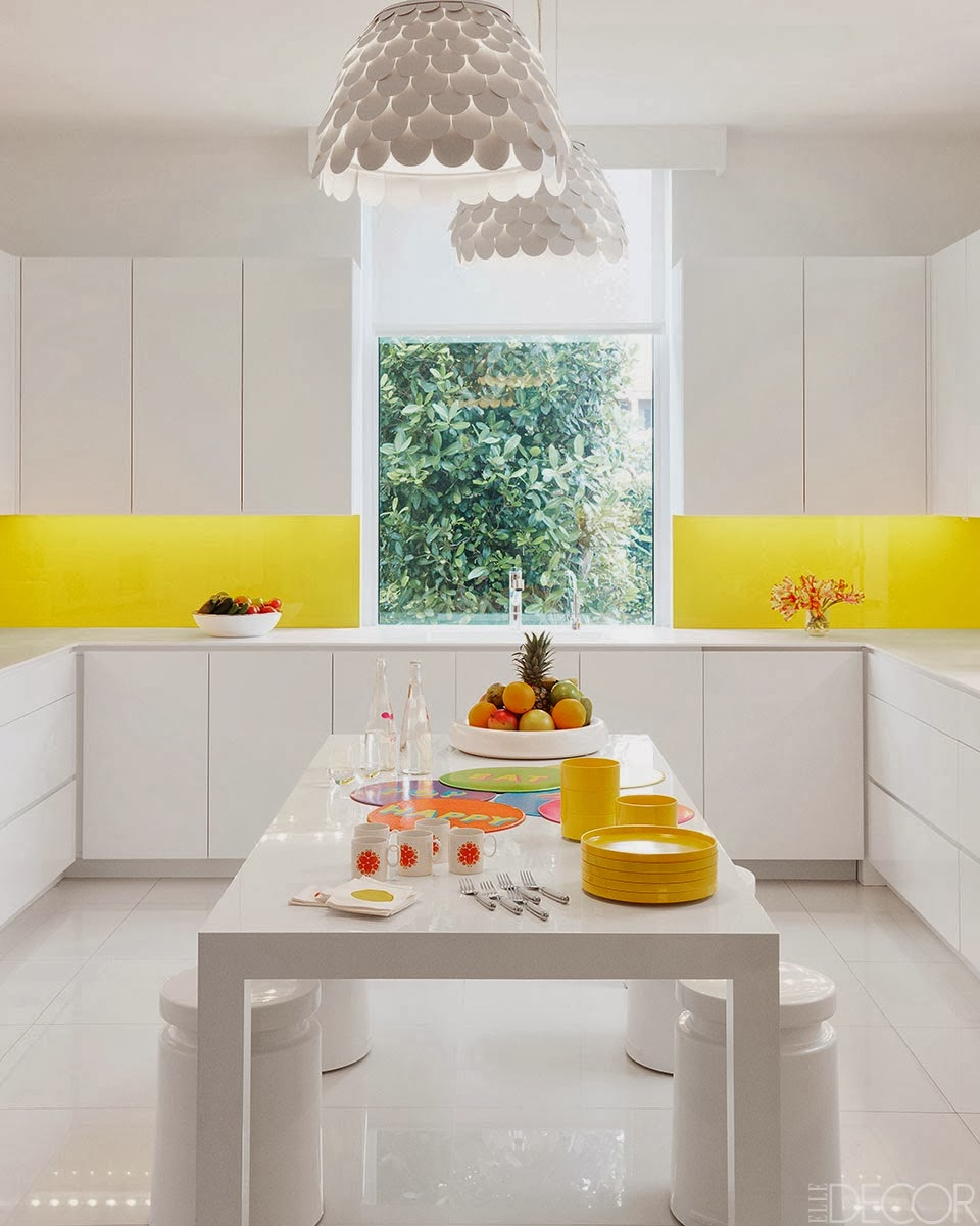 interior minimalis penuh warna majalah rumah
