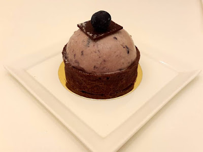 Blueberry Lavender Chocolate Tart at Millenia Walk City Hall