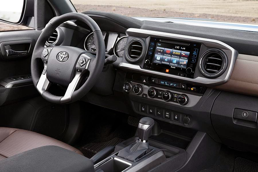 Toyota Tacoma Limited Double Cab (2016) Dashboard
