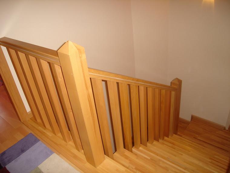 Carpinteria jesus climent barandas de madera para escaleras - Baranda de madera ...