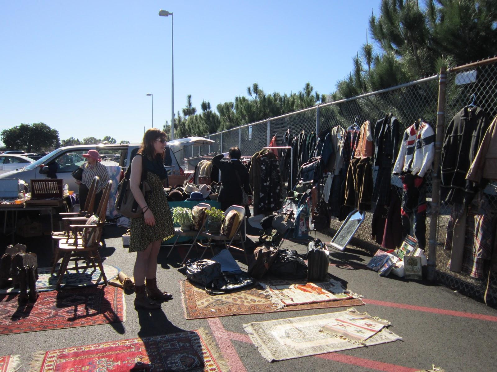 Toni 39 s vintage trips long beach antique market for Long beach antique market