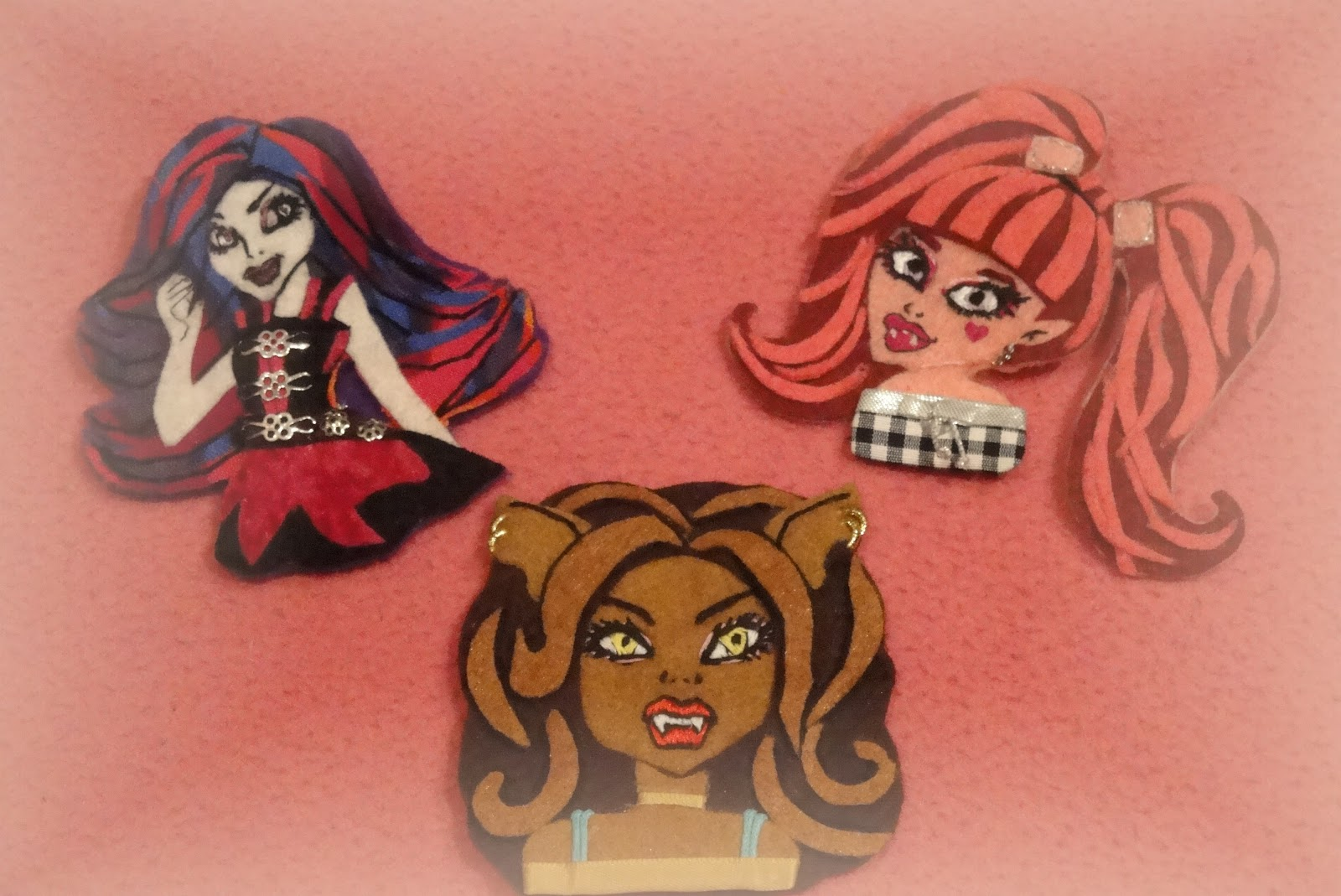 MONSTER HIGH FIELTRO
