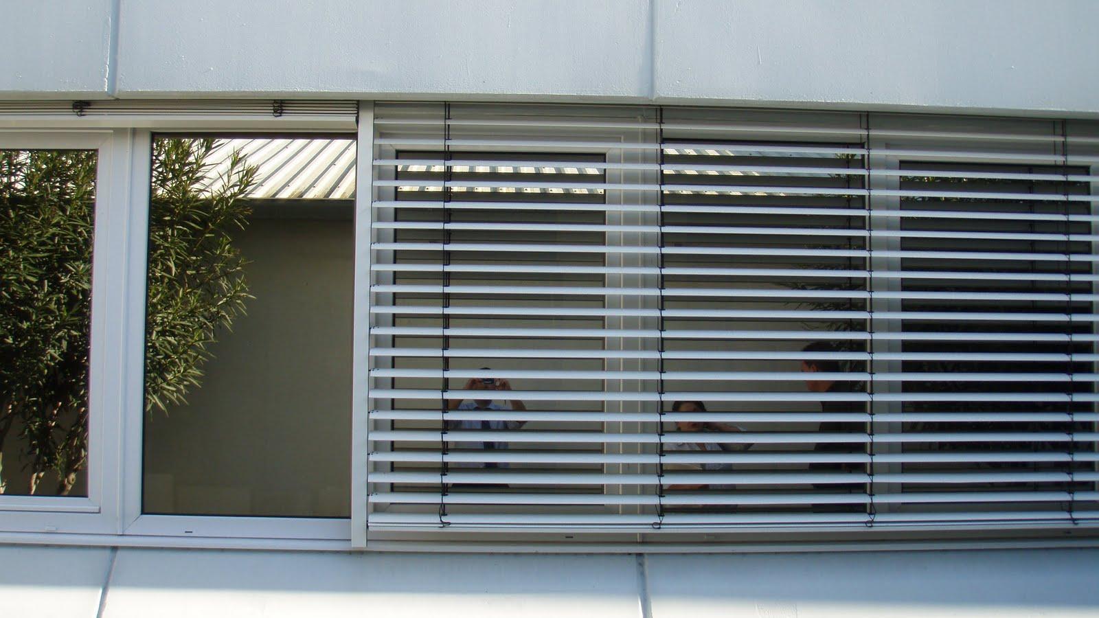 Vivenda do marreco estores exteriores vs portadas - Estores para exterior ...