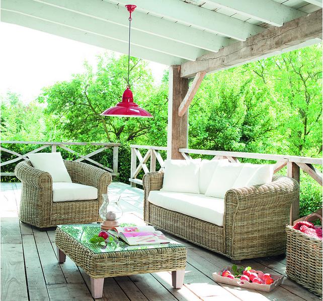 Maisons du monde presenta tendenze arredo per spazi all 39 aperto for Divani da terrazzo