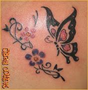 tatuajes de mariposas mariposa volando