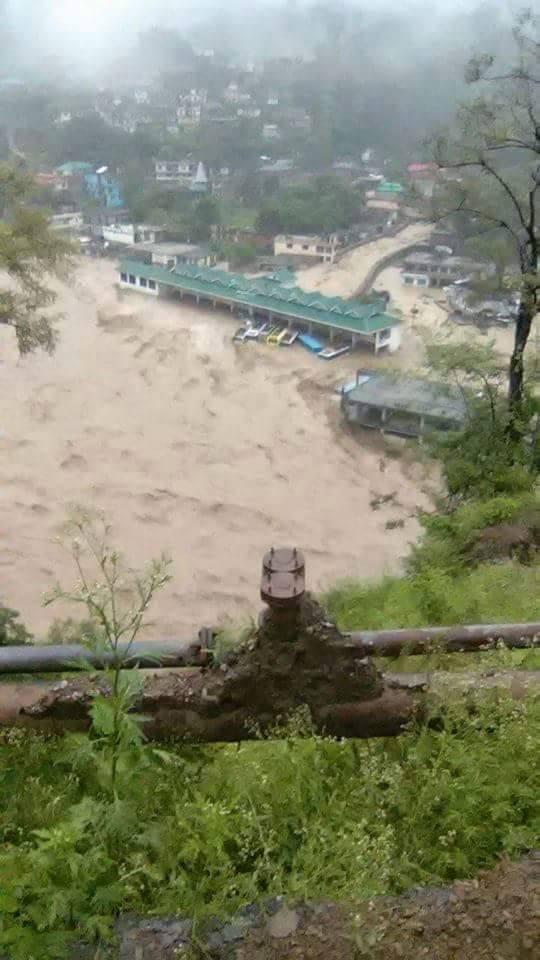 मंडी ज़िला के धर्मपुर में बादल फटा उतराखंड हिमाचल प्रदेश
