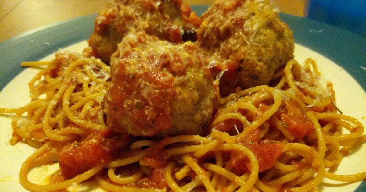 Legally Delicious: Turkey Meatballs with Spicy Tomato Sauce