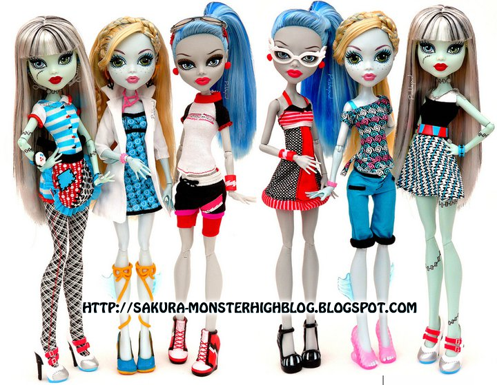 monster high: classroom con el cambio de ropa