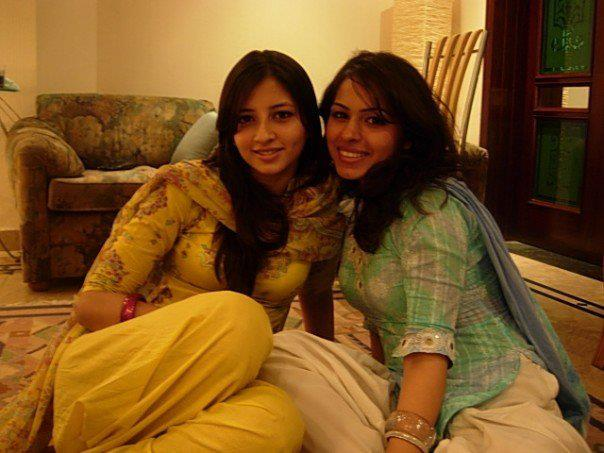 Pakistani Most Beautiful Girls