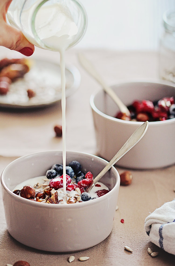 Detox Breakfast Recipe: Grain-Free, Gluten-Free Muesli recipe by Hello Natural