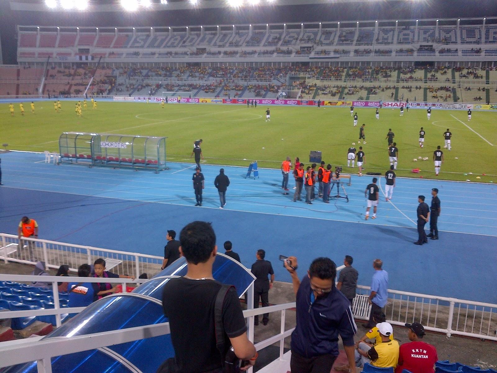 http://3.bp.blogspot.com/-0SE9zeAua-4/UO57Vqh1D0I/AAAAAAAADOc/IKzJxhwzhb8/s1600/Liga+Super+-+Pahang+vs+Johor+Darul+Takzim+FC1.jpg