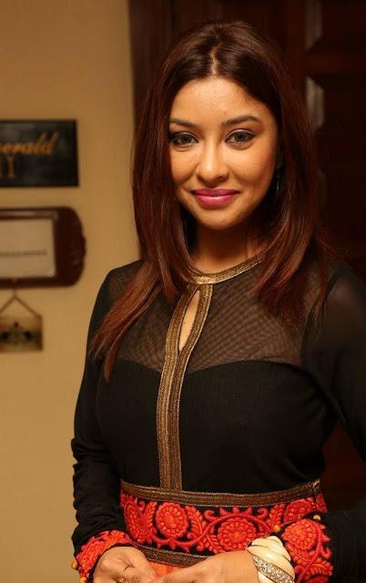 Payal Ghosh Stills At Desire Designer Exhibition Launch