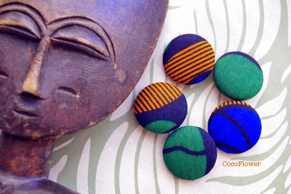 Africain wax fabric large buttons