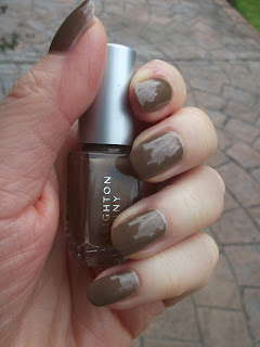 Leighton Denny On the Rocks
