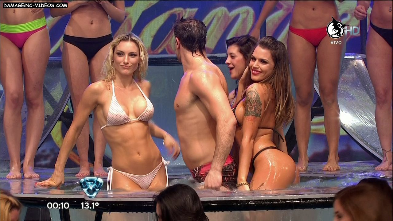 Sofia Macaggi and Sofia Clerici wet bikini babes damageinc videos HD