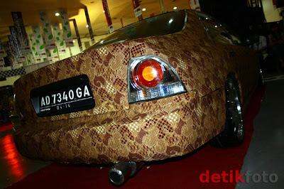 Gambar Mobil Batik Honda