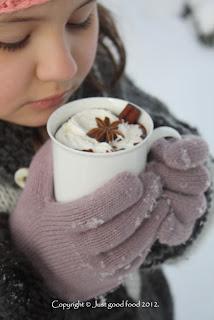 Vruća čokolada s mirisom cimeta