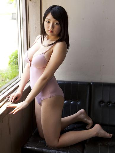 photos of amateur nude emma
