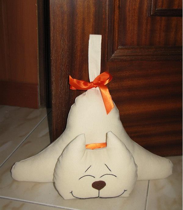 gatito sujeta puertas giovi 39 s creations