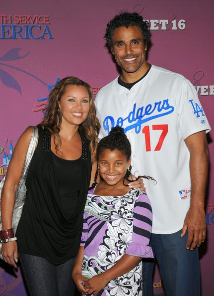 who is vanessa williams dating Vanessa williams and rick fox met through mutual friends the two married a year later, and worked hard on keeping up a long distance relationship.