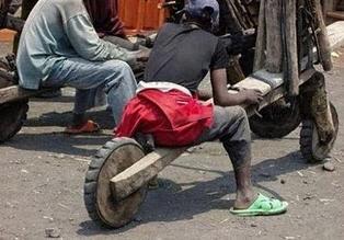 motor buatan afrika