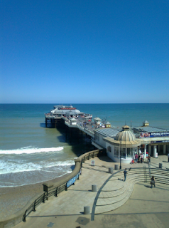 Sunny Day, Blue Sky, Cromer Pier - Camping in Cromer