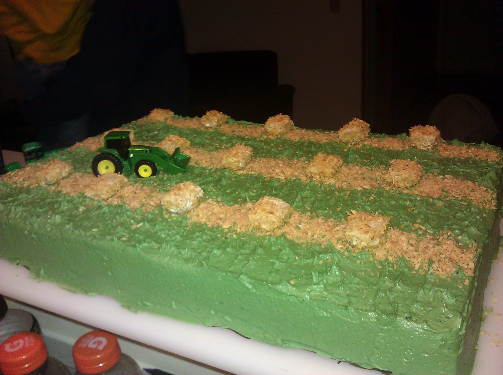 How To Make A Hay Bale Cake