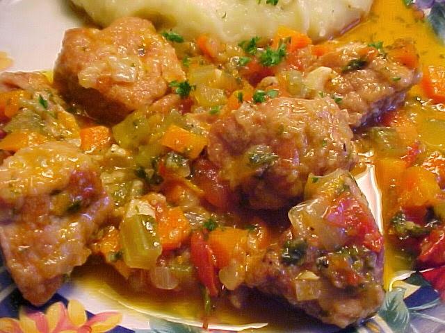 Délicieux ragoût de porc style ossobuco aux agrumes et à l'érable
